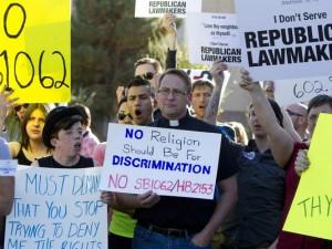 ARIZONA-GAY-RIGHTS-PROTESTS-62274776