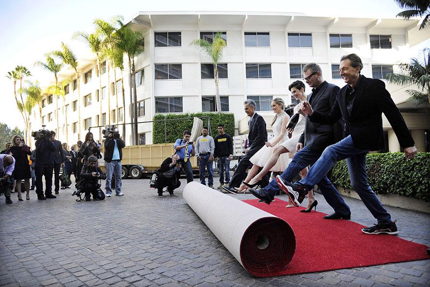globes-carpet-rollout-ap
