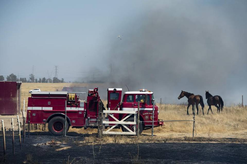 20150727_LS_GRASS_FIRE_782