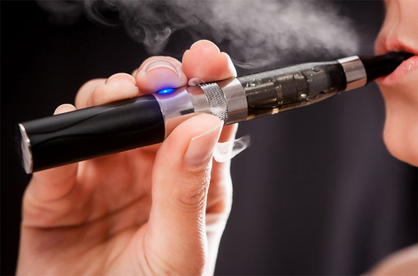 ELECTRONIC CIGARETTE. A SAFE ALTERNATIVE? NOT SO FAST.