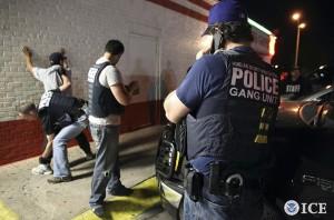 ice-police-arrest