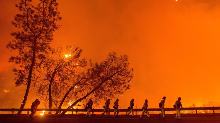 la-rocky-fire-firefighters-20150802