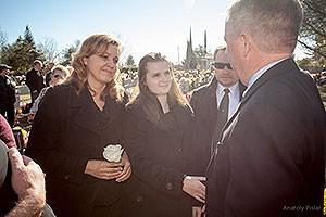 На похоронах в Сакраменто плакали даже журналисты