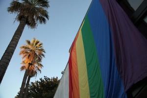 Свидетели Иеговы, гомосексуалисты получают политическое убежище в США