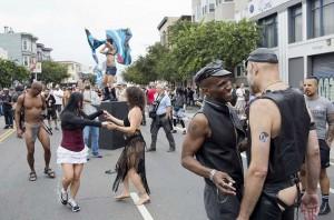 400 тыс. любителей садомазохизма вышло на улицы Сан-Франциско