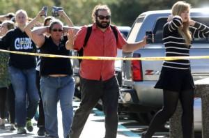 В перестрелке в колледже Орегона убиты 9, ранены 7 человек