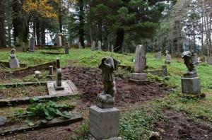 Вандалы осквернили русское кладбище на Аляске