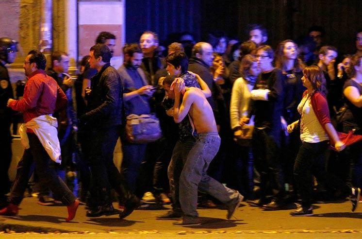 Атака наБатаклан завершилась, музыканты успели убежать, зрители погибли— Парижский теракт