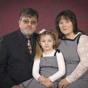 Павел и Ольга Шабиневич со своей дочерью