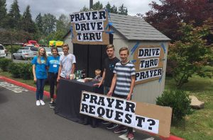 Славянская церковь в Вашингтоне проводит экспресс-молитвы для водителей