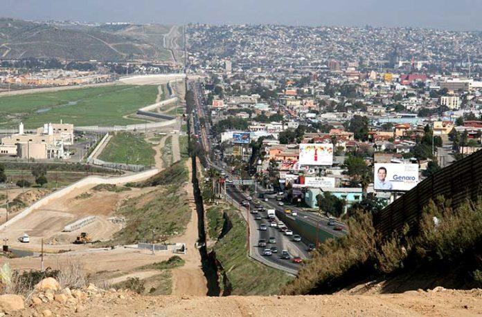 на границе с Мексикой