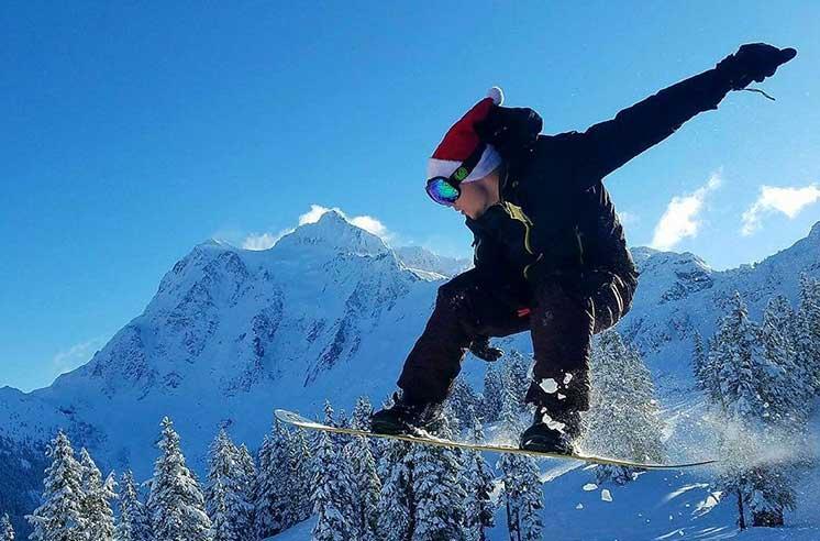 Vitaliy-Datskiy-snow