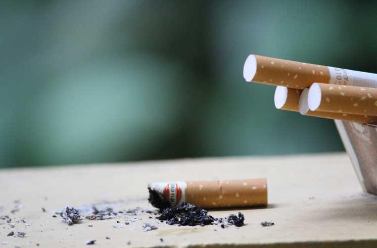Табачные изделия возраст купить табак адалия для кальяна оптом
